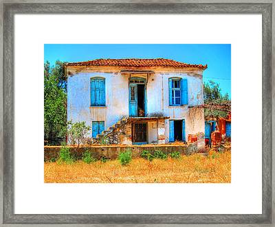 Old Beauty Framed Print by Andreas Thust