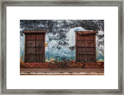 Old Bike And Grunge Wall Framed Print
