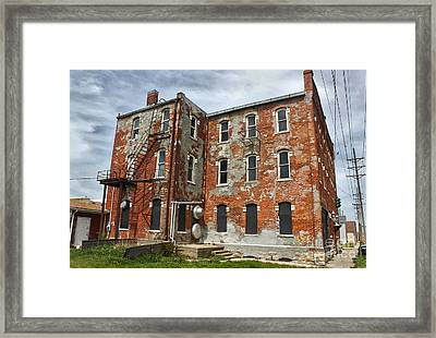 Old Brick Building In Downtown Montezuma Iowa - 02 Framed Print by Gregory Dyer