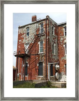 Old Brick Building In Downtown Montezuma Iowa - 03 Framed Print by Gregory Dyer