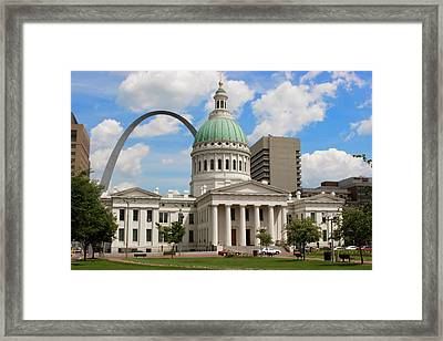 Old Courthouse And Arch Jefferson Nat'l Framed Print