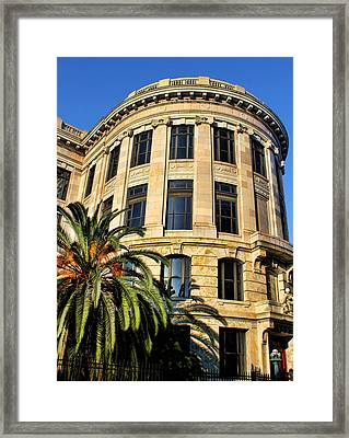Old Courthouse-new Orleans Framed Print