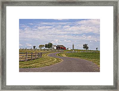 Old Farm House And Barn Gettysburg Framed Print by Terry Shoemaker