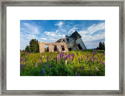 Old Farm House Framed Print by Matt Dobson