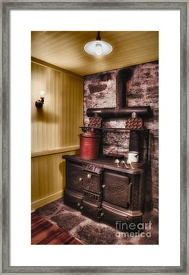 Old Fashioned Stove Framed Print by Susan Candelario