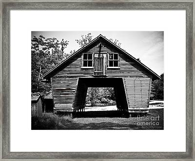 Old Corn Crib Framed Print by Colleen Kammerer