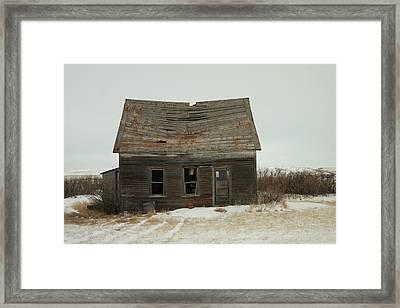 Old Homestead North Dakota Framed Print by Jeff Swan