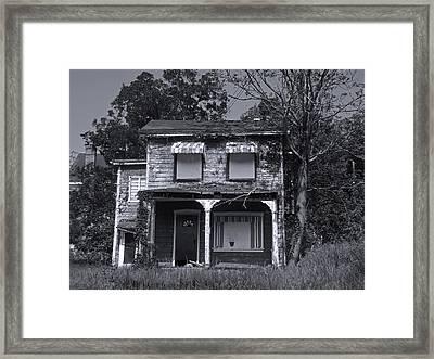 Old House 1 Framed Print