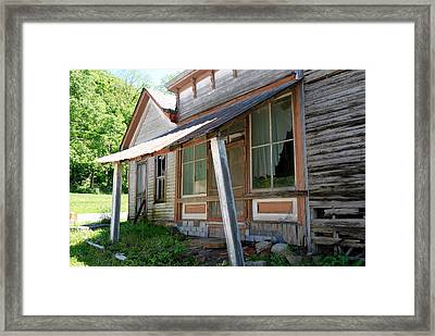 Old Leavenworth Framed Print by Pamela Schreckengost