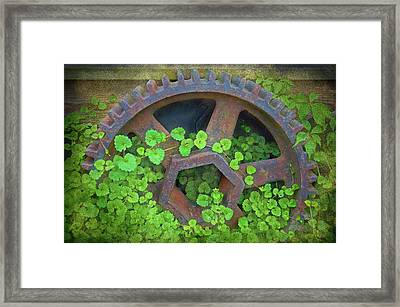 Old Mill Of Guiford Grinding Gear Framed Print by Sandi OReilly