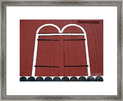 Old Red Kutztown Barn Doors Framed Print by Anna Lisa Yoder