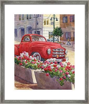 Old Red Framed Print by Leslie Fehling