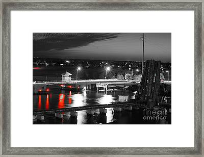 Old Roosevelt Bridge And Comet Pan-starrs Framed Print by Lynda Dawson-Youngclaus