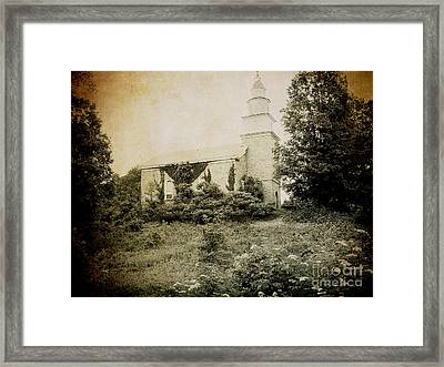 Old Stone Church In Rhinebeck Framed Print