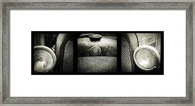 Old Timer Framed Print by Les Cunliffe