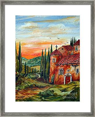 Old Tuscan Farmhouse In Chianti Framed Print by Roberto Gagliardi