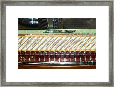 Old Vintage Rock Ola Jukebox Dsc2795 Framed Print
