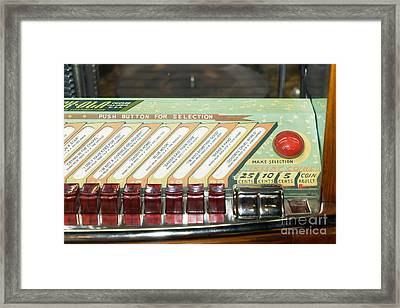 Old Vintage Rock Ola Jukebox Dsc2796 Framed Print