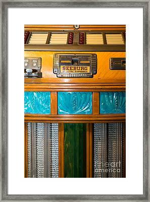 Old Vintage Seeburg Jukebox Dsc2801 Framed Print