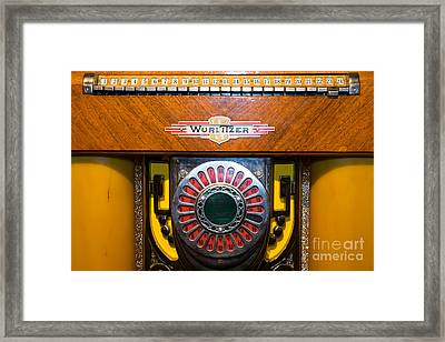 Old Vintage Wurlitzer Jukebox Dsc2809 Framed Print by Wingsdomain Art and Photography