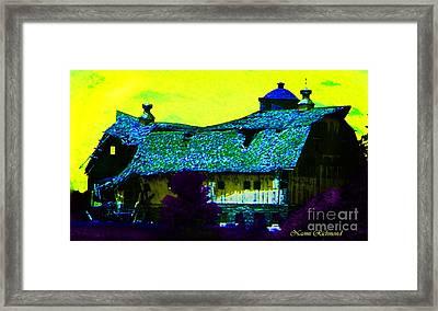 Old Wisconsin Barn Framed Print by Naomi Richmond