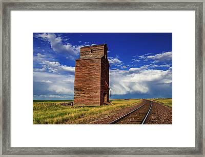 Old Wooden Granary Still Stands Framed Print by Chuck Haney