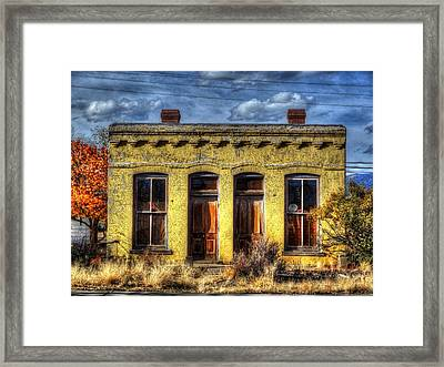 Old Yellow House In Buena Vista Framed Print