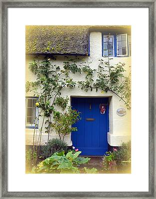 Oldstream Cottage Framed Print