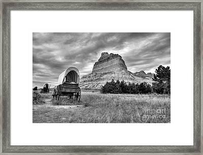 On The Oregon Trail 2 Bw Framed Print by Mel Steinhauer