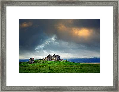On The Road To Hofn Framed Print by Ian Good