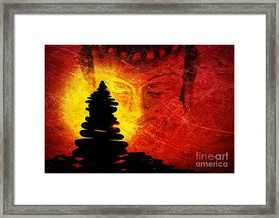 One Stlll Moment Framed Print