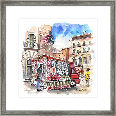 Onion And Garlic Street Seller In Siracusa Framed Print