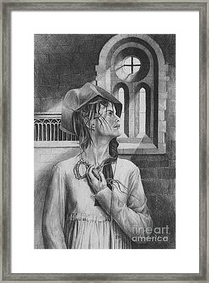 Ophelia Framed Print by Yvonne Wright