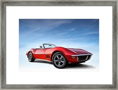 Hooters Framed Print by Douglas Pittman