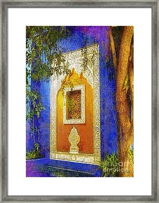 Oriental Mood Framed Print by Mo T