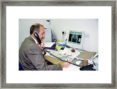 Orthopaedic Consultant Framed Print by Antonia Reeve/science Photo Library