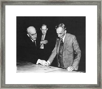 Orville Wright And Henry Ford Framed Print by Underwood Archives