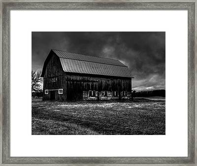 Oslo Corner 1 Framed Print by Thomas Young