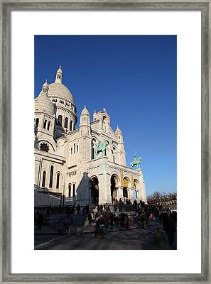 Outside The Basilica Of The Sacred Heart Of Paris - Sacre Coeur - Paris France - 01135 Framed Print by DC Photographer