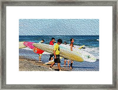 Paddle Out  Framed Print by William Love