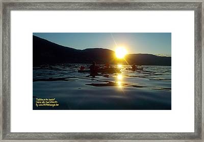 Framed Print featuring the photograph Paddling In The Sunset by Guy Hoffman