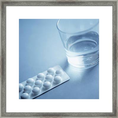 Painkillers Framed Print by Cristina Pedrazzini/science Photo Library