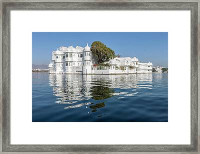 Palace Hotel Jag Niwas Lake Pichola Framed Print by Tom Norring