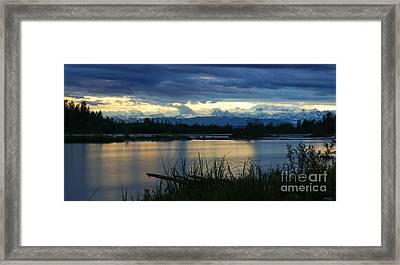 Pano Denali Midnight Sunset Framed Print
