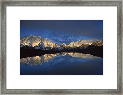 Panorama From Mt Makalu To Everest Framed Print by Colin Monteath