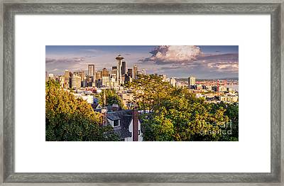 Panorama Of Downtown Seattle And Space Needle From Kerry Park - Seattle Washington State Framed Print