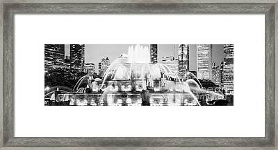 Panoramic Picture Of Chicago Buckingham Fountain  Framed Print