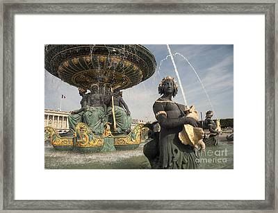 Paris Fountains  Framed Print by Rob Hawkins