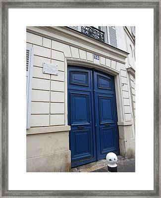 Paris France - Street Scenes - 121214 Framed Print