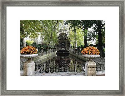 Paris Jardin Du Luxembourg Gardens Autumn Fall  - Medici Fountain Sculpture Autumn Fall Photographs Framed Print by Kathy Fornal
